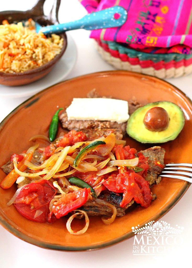BUENA MESA:  Bistec Ranchero, exquisito!!!