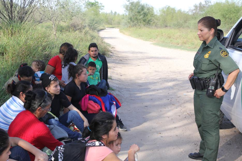 Qué esconde la política de 'tolerancia cero' de Trump que separa familias indocumentadas en la frontera