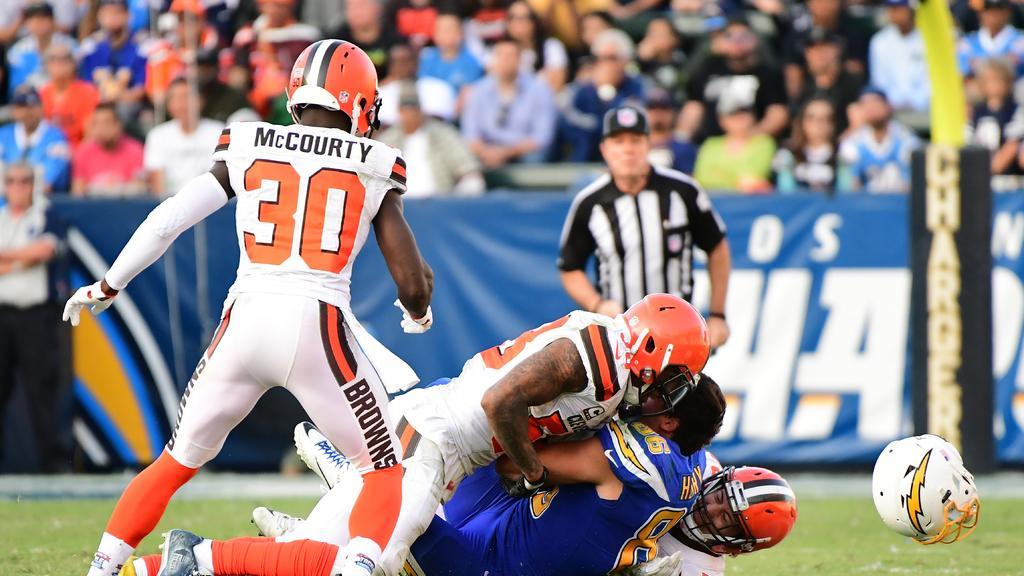 La NFL da a conocer sus nuevas reglas sobre el uso del casco en los partidos