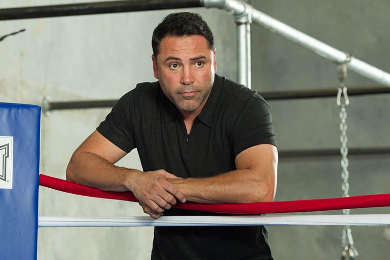 De la Hoya quiere regresar al boxeo