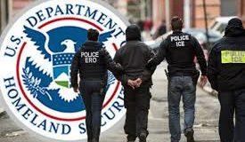 Ahora es más fácil que el gobierno abra un proceso de  deportación si niega al solicitante un beneficio migratorio