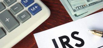 IRS ofrece consejos de verano para trabajos temporales, matrimonios,  deducciones y créditos
