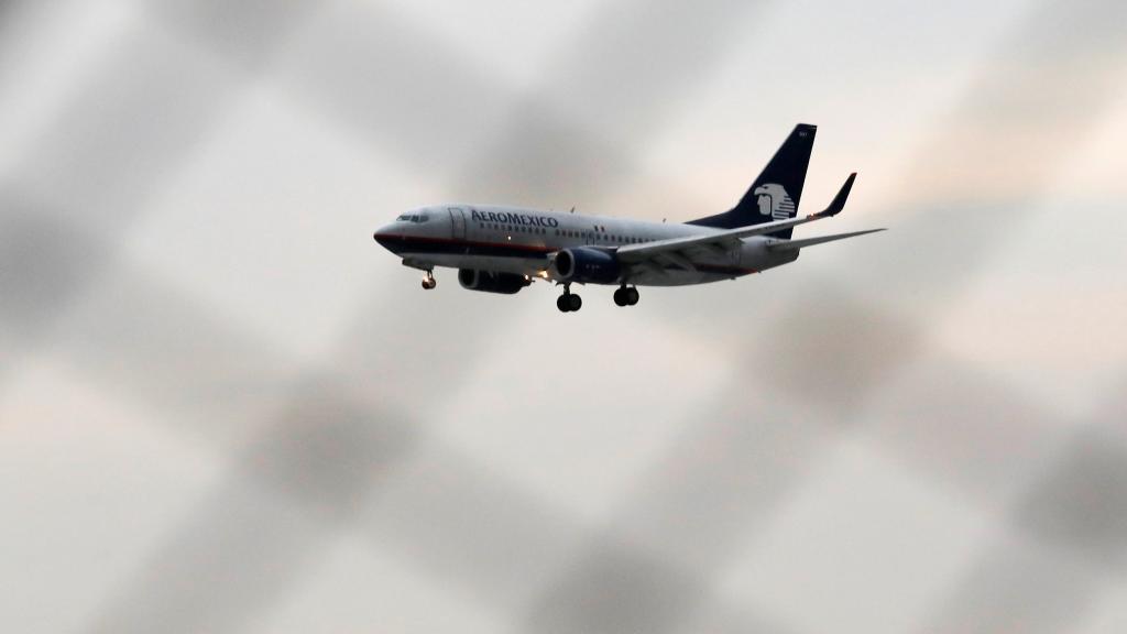 Once pasajeros del área de Chicago demandan  a Aeroméxico tras el  accidente de avión  en Durango
