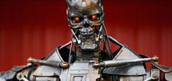 Elon Musk y  Stephen Hawking  advirtieron: los robots armados amenazarán  a la humanidad