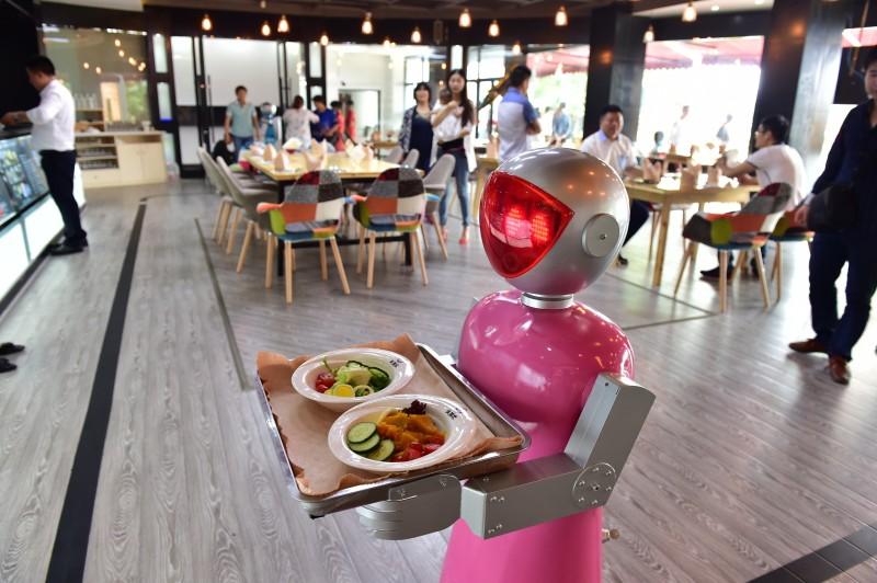 Estos tres países van ganando la carrera de robots en el mundo: Estados Unidos, China e India