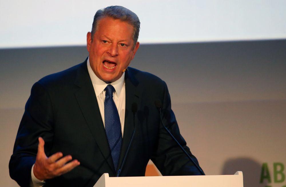 Former Vice President  Al Gore advises Trump  to resign
