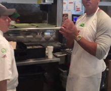 La apuesta que perdió Alex Rodríguez y que  lo llevó a vender hamburguesas en Boston