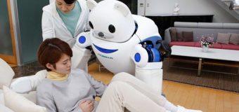 Quieren  sustituir  a los  cuidadores  de ancianos  por robots
