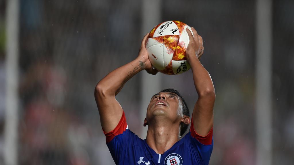 Cruz Azul mantiene cima pese a fin del invicto; Pumas, América y Santos acechan de cerca