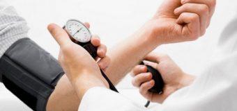 Así es como debe estar tu presión arterial según tu edad