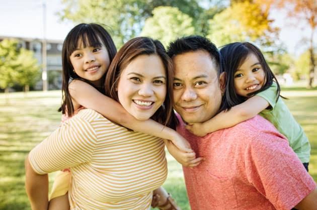 Consejos Para Enviar Dinero al Extranjero durante Acción de Gracias
