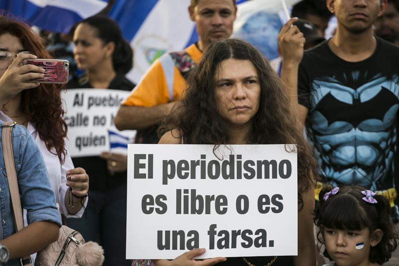 8 meses de crisis, 10 golpes a la prensa: los mayores  ataques contra los medios en Nicaragua