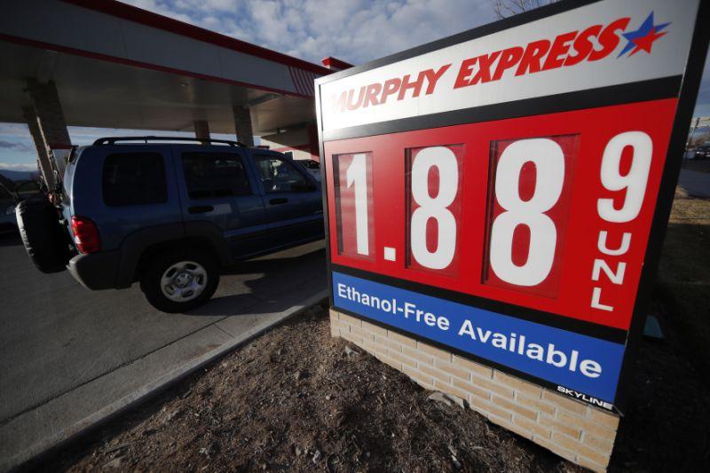 Gasolina llegará  a $0,79 centavos  por litro en mayo