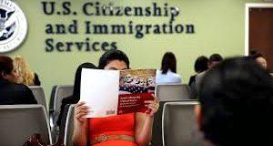 Los solicitantes de asilo afirmativo  pueden averiguar sus casos en línea