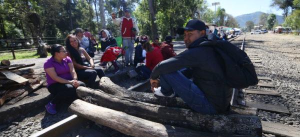 """""""No hay una salida clara"""" al conflicto con la CNTE en Michoacán;  gobierno descarta usar la fuerza: Meyer"""