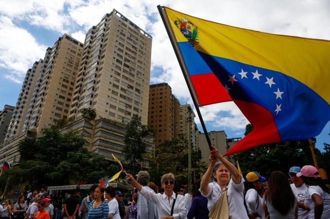 """Uruguay y México convocan una conferencia de países """"neutrales"""" sobre Venezuela"""