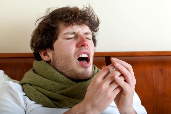 ¡El peligro de los  estornudos!
