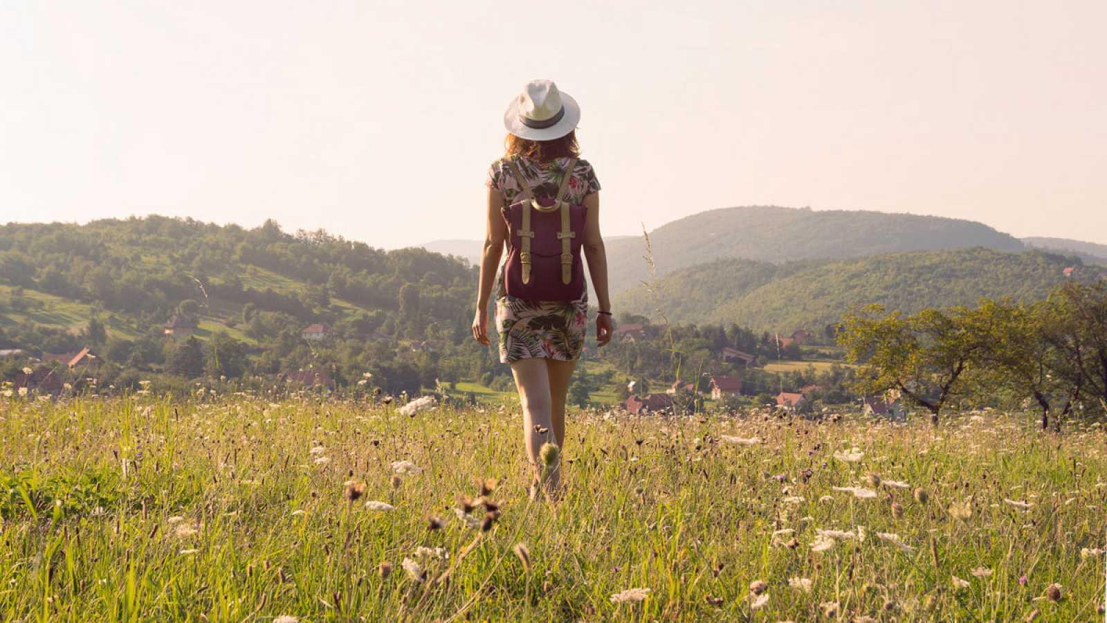 Caminar quince minutos  diarios estimula el cerebro