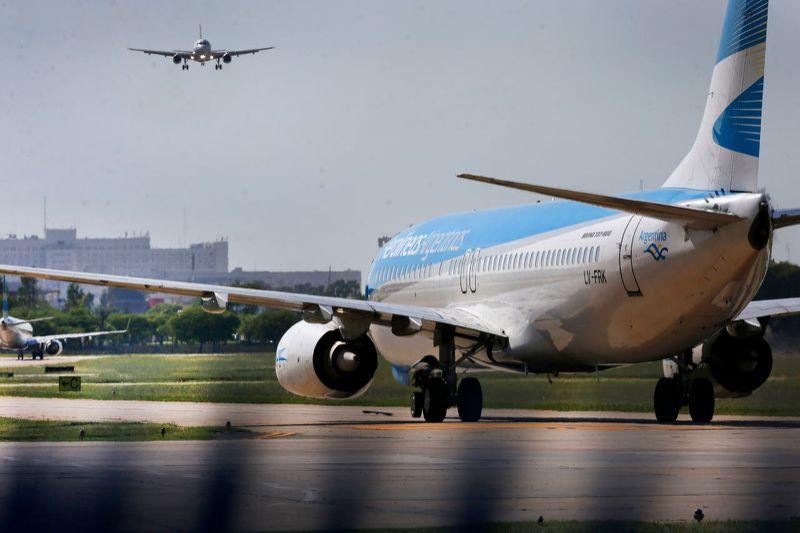 Tensión en Aerolíneas Argentinas: directivos y gerentes  despedidos no cobraron la doble indemnización