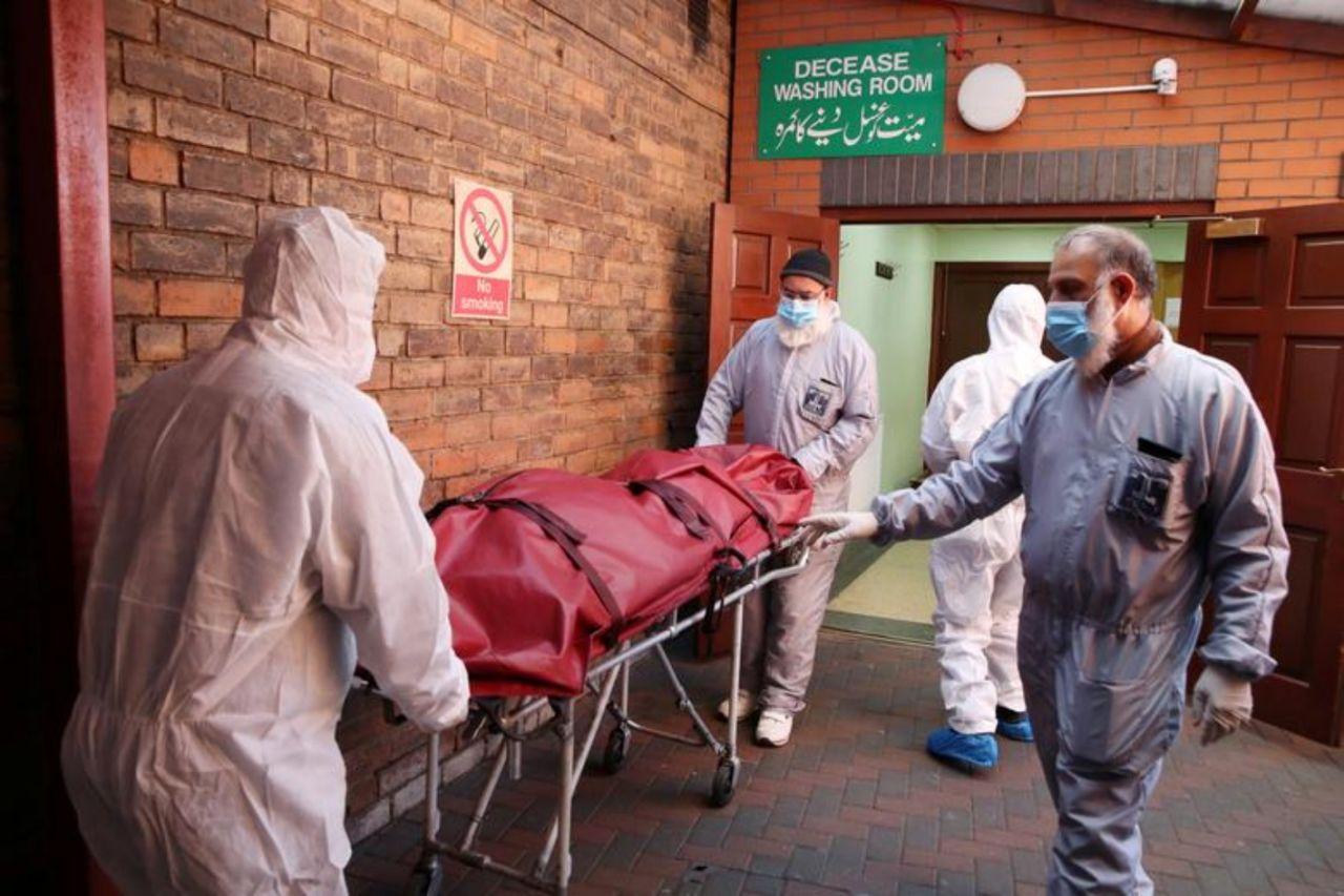 Reino Unido se prepara para ser uno de los países más castigados por el coronavirus