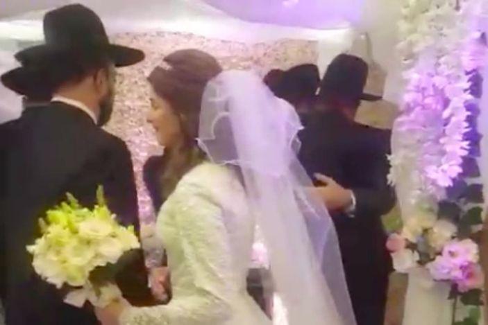 Casamiento en plena cuarentena: detienen a novios y a rabino