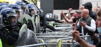 """Las protestas contra el racismo despiertan un  """"monstruo dormido"""":  la extrema derecha europea"""