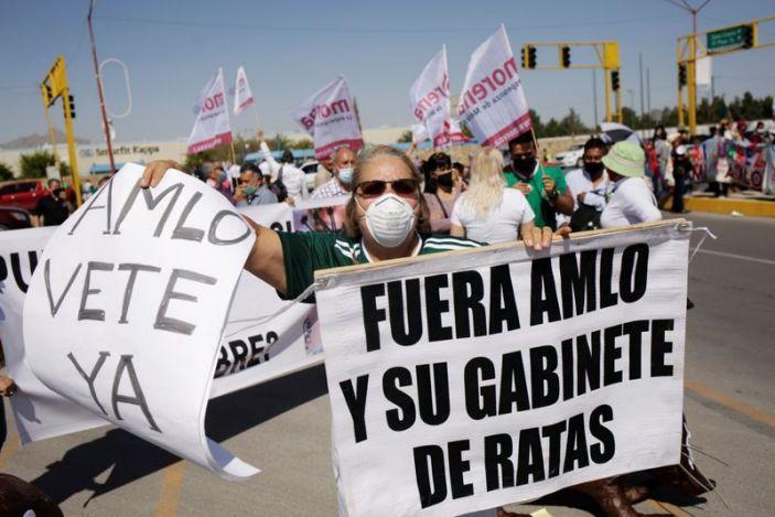 """""""El ejemplo no basta"""": lucha anticorrupción de AMLO tropieza con escándalos de familia y colaboradores"""
