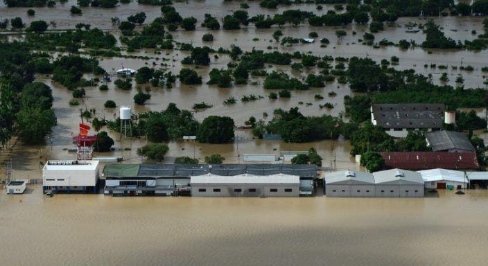 Huracán Iota se disipa sobre El Salvador  tras dejar 28 muertos en Centroamérica