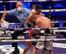 Escándalo en boxeo: Esquina tira la toalla y el juez  ordena seguir el combate hasta que le noquean