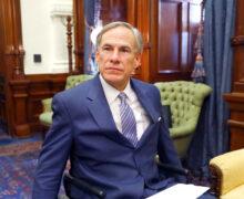 ¿Puede el gobernador de Texas Greg Abbott arrestar  indocumentados y construir un muro en la frontera?