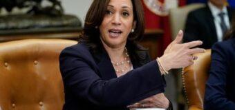 Kamala Harris se reúne con dreamers para evaluar el impacto del fallo de Texas contra DACA