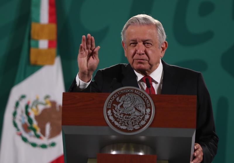 López Obrador pide renovación completa de Tribunal Electoral pese a renuncias